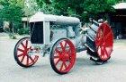 trattore Fordson F a petrolio costruito in America nel 1923fu acquistato 35 anni fa funzionante da un demolitore salvandolo dalla rottamazione omologato ASI targa oro