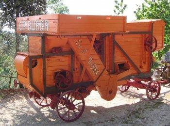 Trebbiatrice CAV. PIETRO BUBBA per grano e semi minuti battitore 60 costruita negli anni 20